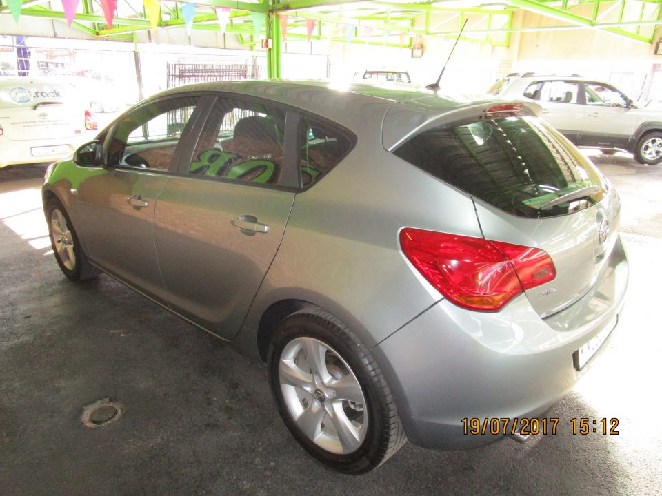 2012 OPEL ASTRA ASTRA 1.4T ENJOY 5Dr
