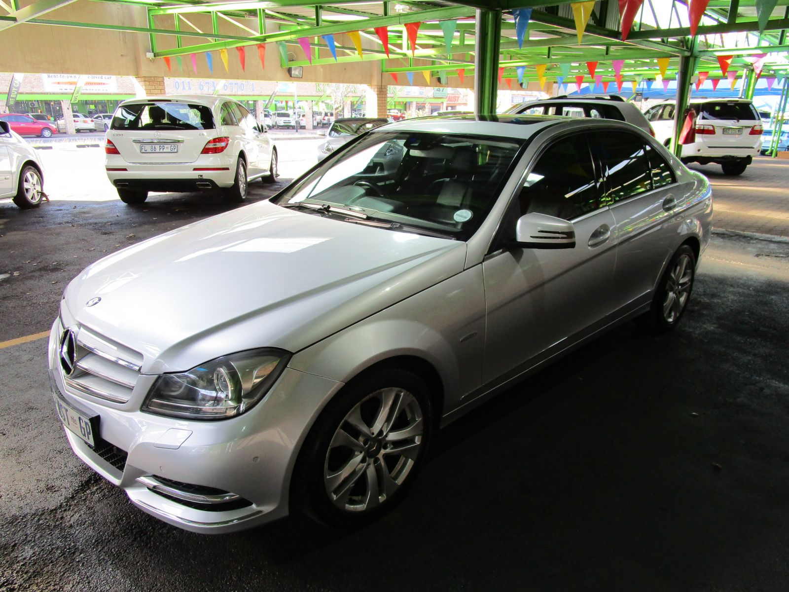 2011 mercedes benz c class sedan r 198 990 for sale for Looking for mercedes benz for sale